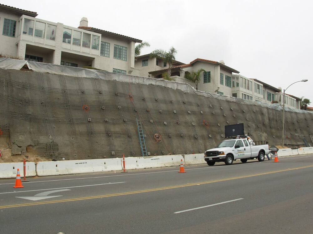 Shotcrete Retaining Wall Construction